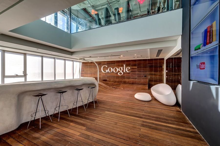 Captivating Google  Office Bar Interior Design In Open Plan Layout With Upholstered Permanent White  Kitchen Island Bar And Ergonomic Bar Stools Aside