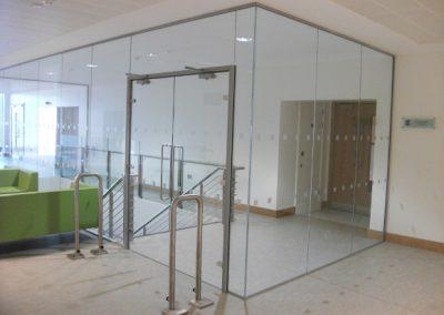 interior-stairs-glass-glazed-enclosure-05